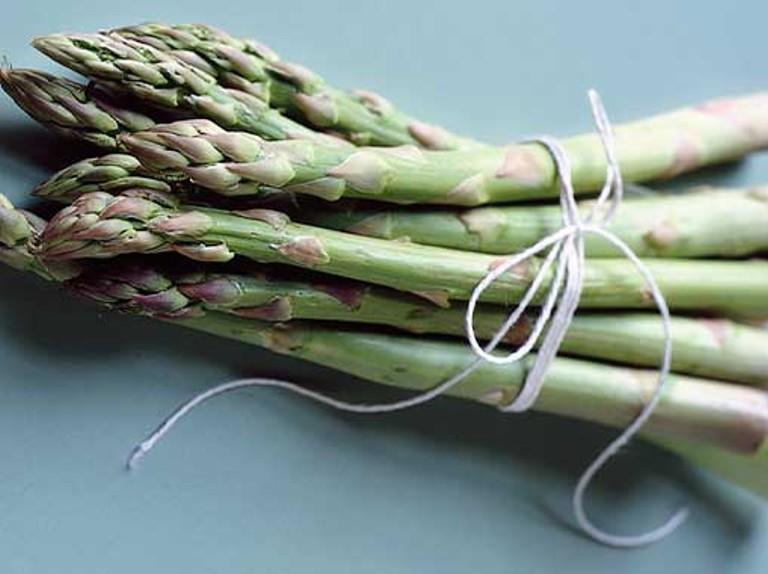 Manfaat Asparagus Untuk Diet Secara Alami